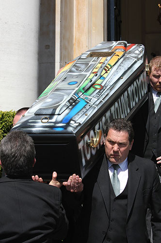 Malcolm-McLarens-funeral-014